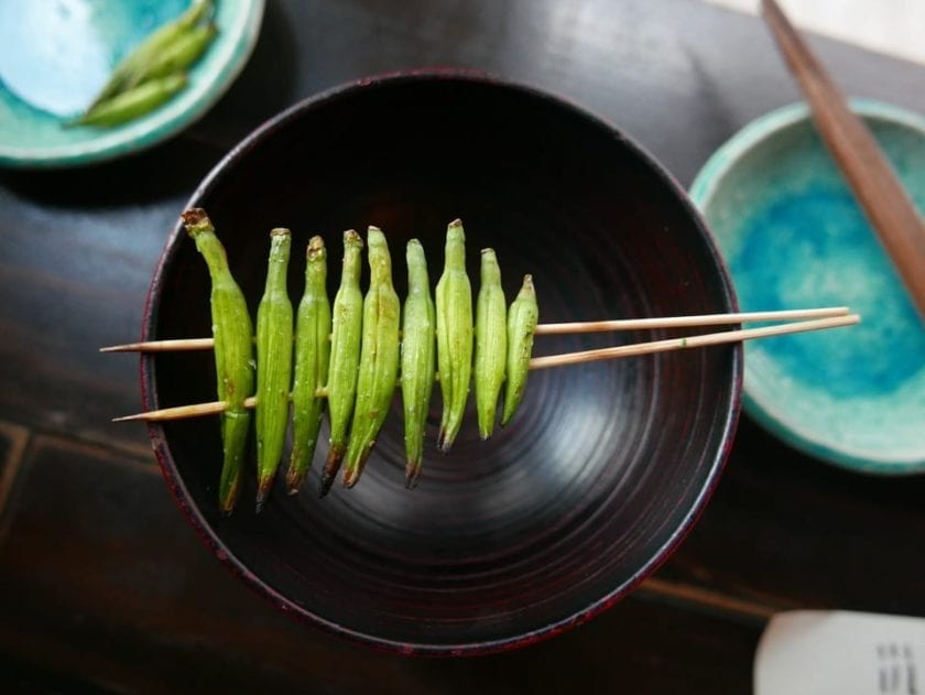otoshi before eating in Japan